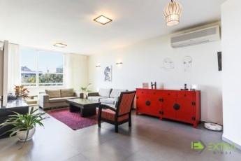 Продажа квартир в герцлии дом в дубае цена